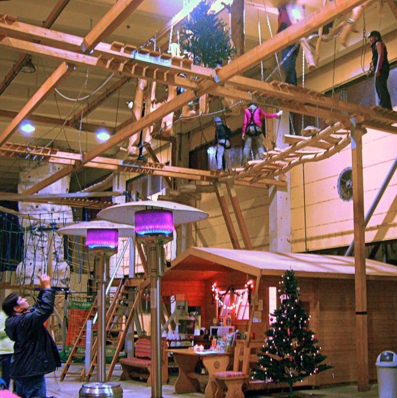 Indoor-Hochseilgarten
